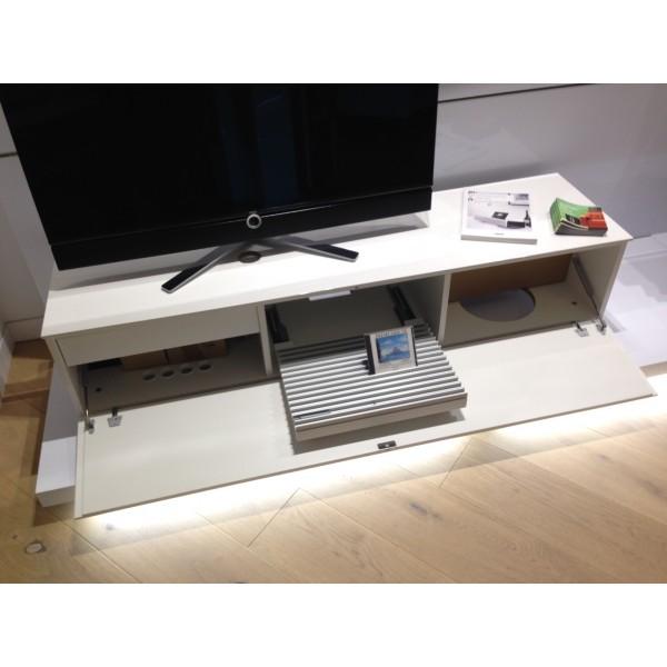 mueble television loewe individual rack system 165 30 blanco. Black Bedroom Furniture Sets. Home Design Ideas